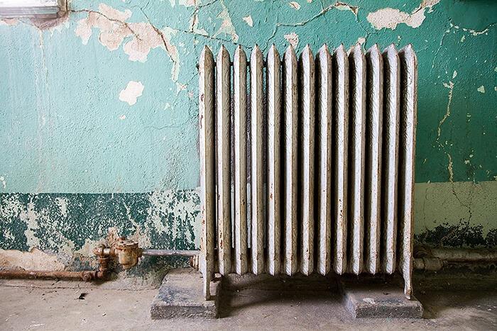 bình nước nóng cũ